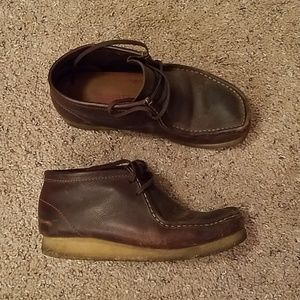 Men's Dark Brown Leather High Top Clark Wallabees